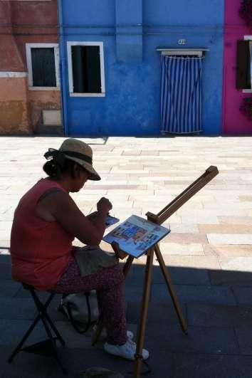 Meet a parisian artist near the Etoile and the Champs Elysées