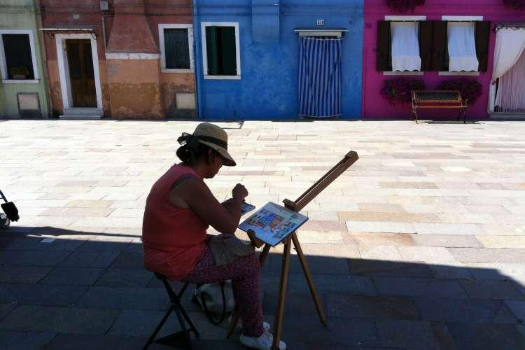 À la rencontre d'une peintre parisienne