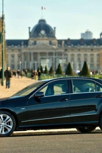 Chauffeur-driven service