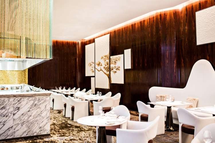 lux250re-137092-La Scene restaurant
