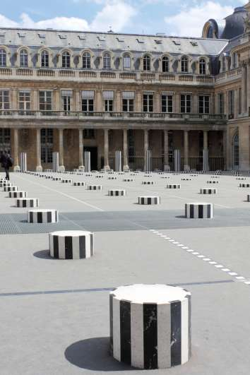 Palais Royal Garden and Hidden couture in Paris