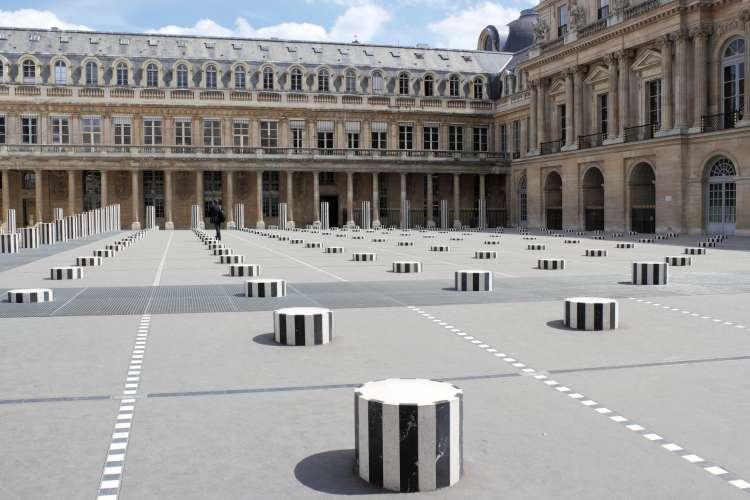 Palais Royal Garden and Hidden couture in Paris