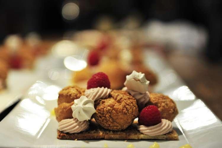 cream puff dessert (1)