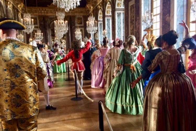 Fetes Galantes 2017 cours de danse Galerie des glaces  by ArtLuxury Experience