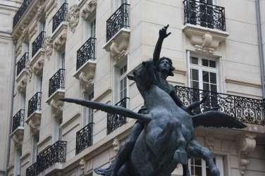 statue_fragonard_square