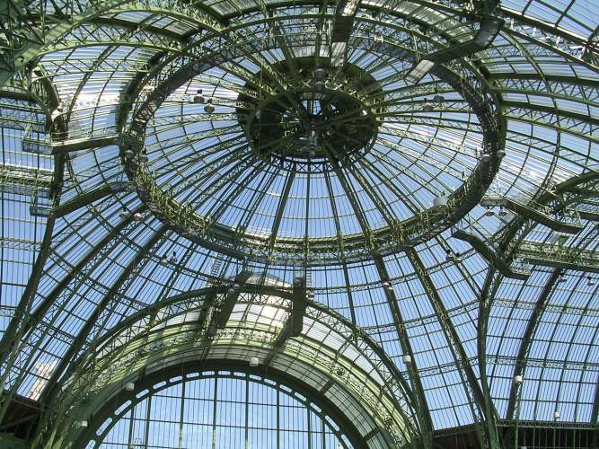 In 2021 the Grand Palais closes its doors to the general public!