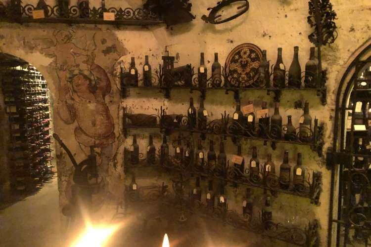 tour-argent-cave