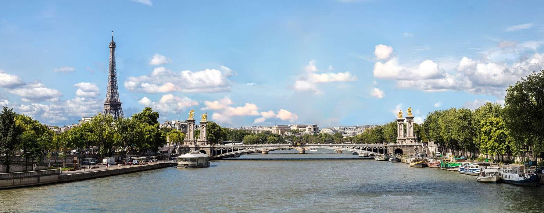 Pont Alexandre III et la Tour Eiffel