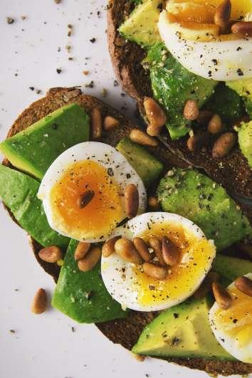 appetizer-avocado-bread-breakfast-566566