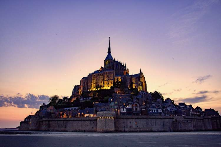 mont-saint-michel-paris-france