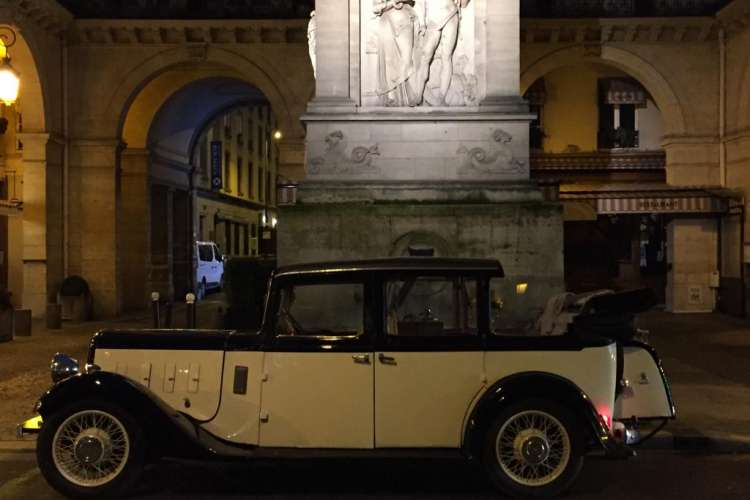 vintage-car-austin