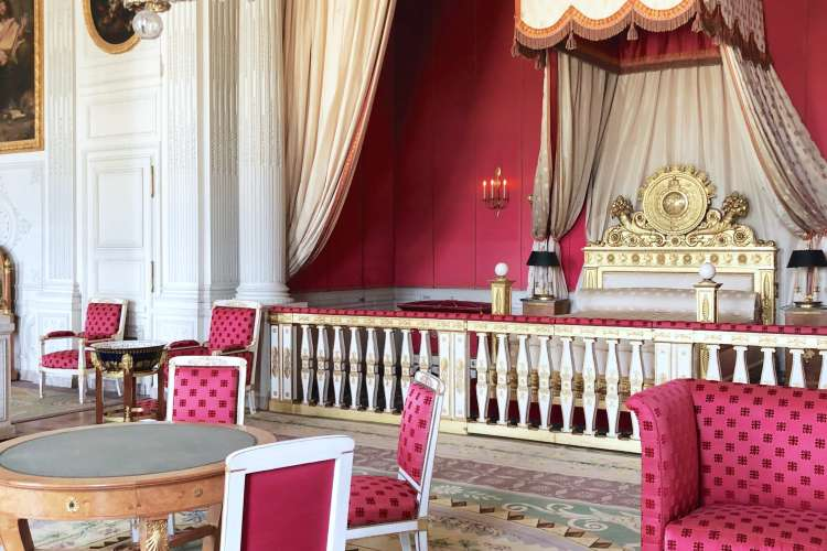 Versailles-castle-room